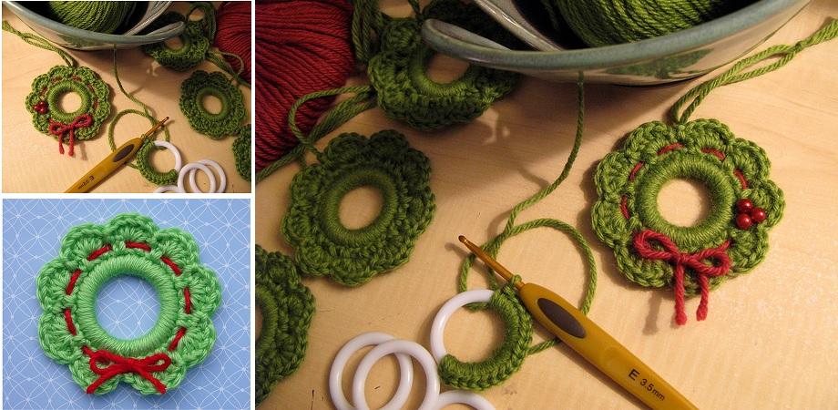 Christmas Wreath Ring Ornament Pattern Design Peak