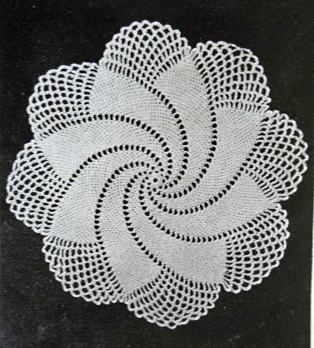 Spiral Doily - 1949 Vintage Crochet Pattern